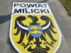 naklejka-chodnikowa-lokalizacja-informacja-01-powiat-milicki-na-drodze-rowerowej